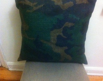 20 x 20 camouflage burlap lined pillow cover with envelope back closure