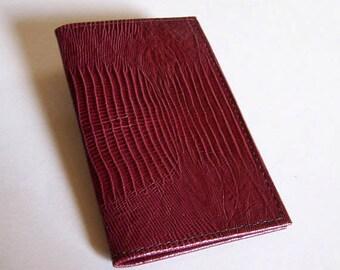 Leather Checkbook Cover - Burgundy/Marsala Lizard Grain Leather Checkbook Holder
