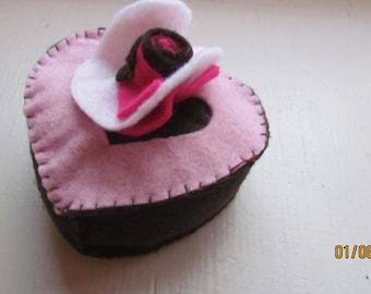 felt chocolate heart cake