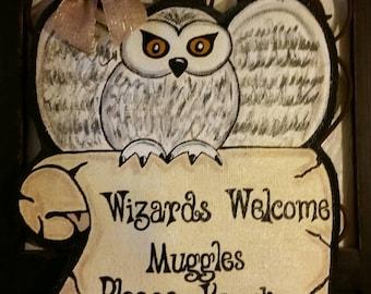 Harry Potter Hedwig the Owl interpretation Burlap Door Hanger Decoration to Welcome Your Wizard Friends. & Harry potter wreath | Etsy