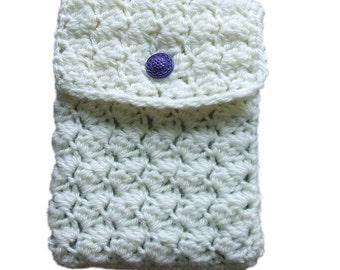 Crocheted Kindle cover