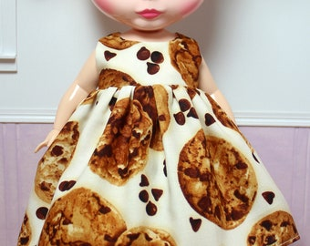 BLYTHE doll Plus-size chubby Mimi party dress - cookies on cream