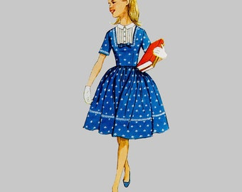 1960 Girls school dress pattern Simplicity 3570 Long or short sleeves Lace trimmed American Girl style Size 8 Chest 26 Vintage
