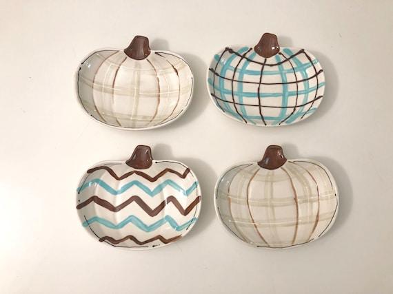 Hand painted, petite, pumpkin dish, Chevron pumpkin dish, halloween dish, Thanksgiving dish, pumpkin plate, whimsical Halloween bowl
