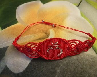 Bracelet Root Chakra in red with pearls of red coral
