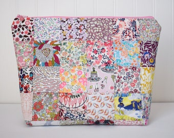 Fabric Liberty of London Quilted Patchwork Zipper Pouch