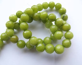 dyed jade faceted 8 mm LIBY 408 48 round beads