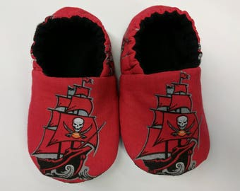 READY TO SHIP: Tampa Bay Buccaneers baby shoes, baby slippers, crib shoes