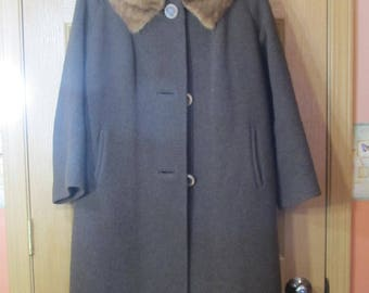 REDUCED!!  Forstmann Frizelda Brown Wool Coat; Mink Collar; mid century; lovely and rare; 1950's