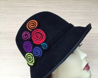 Black Felt Hat, Winter Hat, Cloche, Medium Brim, Women's Felt hat, Fur Felt, Rabbit Hair Hat, Vintage Style Black Hat