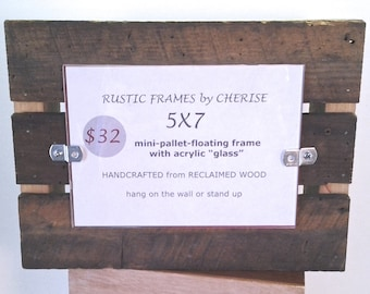 Pallet Photo Frame, Rustic Cabin Frame, Outdoorsman Picture Frame, Manly Frame, Mini-Pallet Frame, Reclaimed Wood Frame, 5x7 photo frame