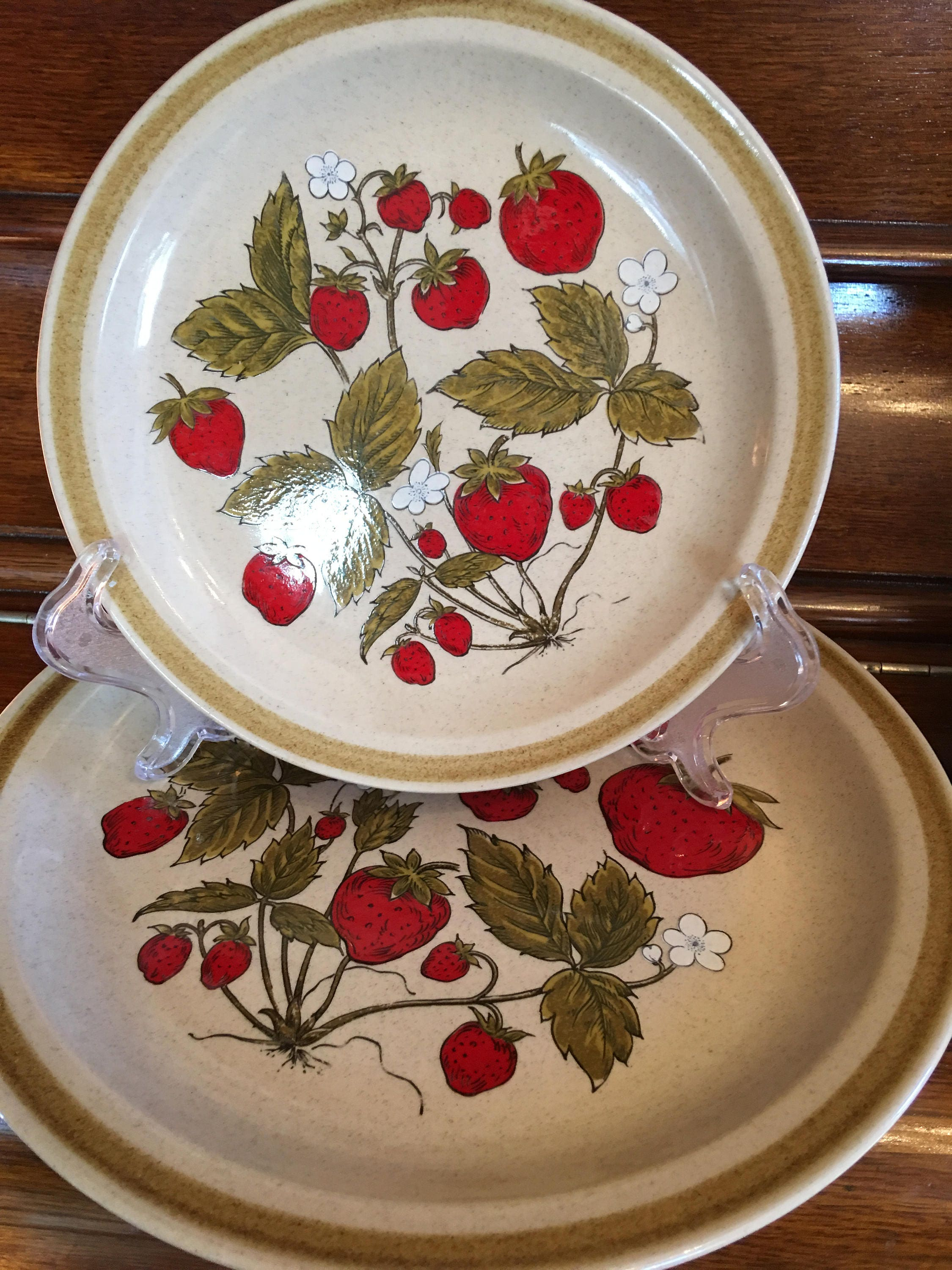 gallery photo gallery photo ... & International China Country Living Stoneware Strawberry Patch Plate ...