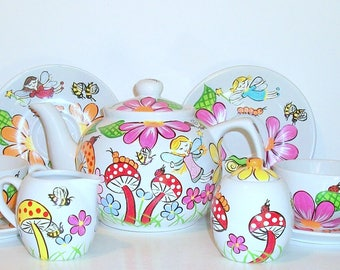 Teapot 11 Piece, Cups, Saucers, Sugar Bowl & Creamer Faerie's, Fairy in the Garden Flowers Mushrooms Honey Bees Snail Tea Party For Children