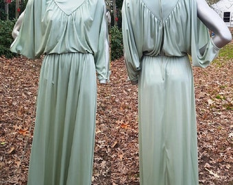 70s Prom Dress, Peek A Boo Sleeve, Cold Shoulder, Vintage Dress, 70s Coostume, Evening Gown, Green Dress, Vintage Costume, Evening Dress