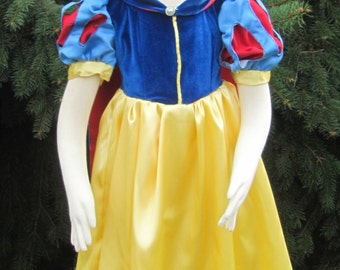 Costume, Snow White, Girls, 4 pc deluxe set - Custom Order