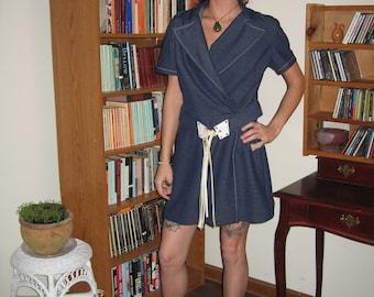 70's Go-Go Short-Sleeved MiniDress Size 12