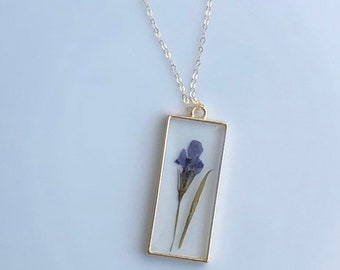 Mother's Day Gift / Real Pressed Flower Necklace / Boho Jewelry / Gold Filled / Dainty Necklace / Bridesmaid Gift / Lobelia Flower
