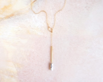 T E S S A ∙ white howlite loop-through necklace