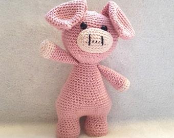 Crochet pattern Valerie the pig