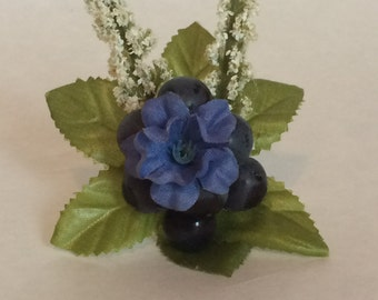 Blue and White Flower Corsage Ring with Berries