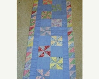 20 % off thru 5/31 Let the Wind Blow PINWHEELS quilted table runner pattern Spring March Year one