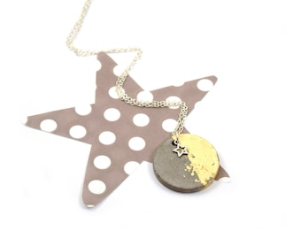 Round concrete gold necklace