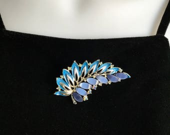 Vintage Thermoset Brooch Aurora Borealis Rhinestones and Blue Enamel on Silver Tone