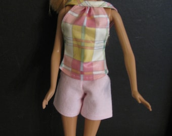 Barbie doll clothes-pink shorts