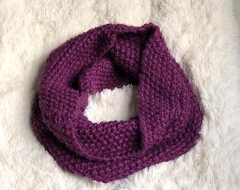 Knit Infinity Scarf / Chunky Knit Scarf / Chunky Knit Infinity Scarf / Knit Cowl / Knit Scarf / Knit Scarf Infinity / Chunky Scarf