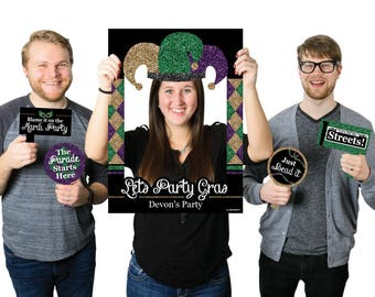 Mardi Gras - Personalized Masquerade Party Photo Booth Picture Frame & Props - Mardi Gras Selfie Photo Props - Printed on Sturdy Material