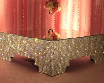 """16"""" Square, Crystal Cake Stand"""