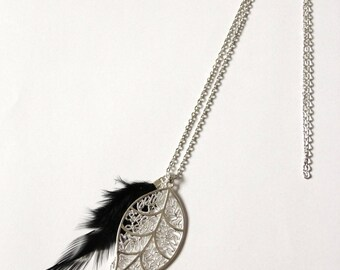 """""""Abey"""" necklace with silver leaf and feather"""