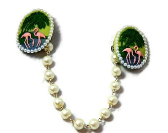 Flamingo Sweater Clip - Retro Cameo and White Acrylic Pearls - Rockabilly Pinup Sweater Guard - Cardigan Clip - Sweater Clasps - 50s style