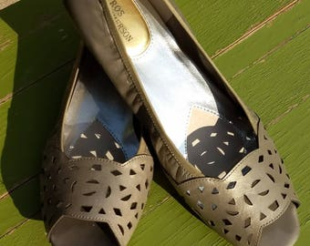 25% OFF  Leather Pumps/Size 9 S Open Toe Pumps/Perforated Leather Sandals/Toupe Leather Pumps/Low Heel Open Toe Pumps/Summer Pumps/N318