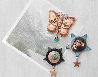 3 Southwestern Fridge Magnets -  copper aqua black horse butterfly stars - recycled vintage jewelry buttons junk - refrigerator magnet set