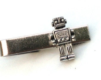 MR ROBOT - Men's Tie Bar Clip - Smooth Silver - Steampunk - Retro Geekery - By GlazedBlackCherry