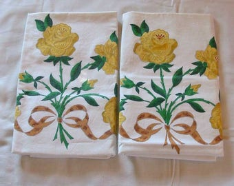 YELLOW ROSE PILLOWCASES Painted Blooms & Buds Green Leaves Brown Ribbons, Unused 1970s Vogart Bed Linen, Percale Cotton Pretty Set 20 x 30