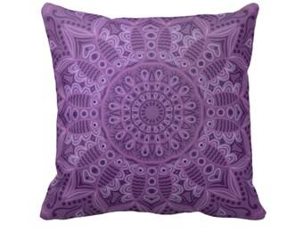Merveilleux Boho Purple Throw Pillow Decorative Throw Pillows
