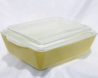 Vintage Pyrex Refrigerator Dish with Lid #503 Yellow