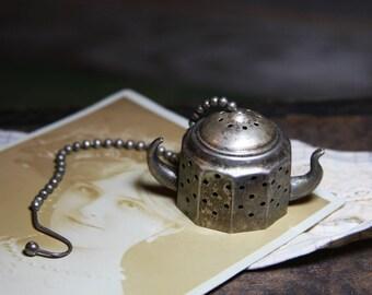 Vintage Mini TEAPOT STRAINER- Tea Pot with Chain- Loose Tea- Silver Plated Miniature Teapot