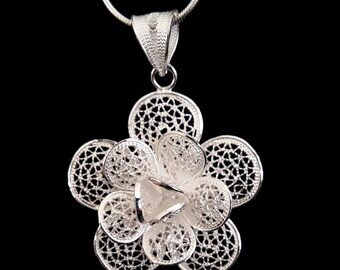 Beautiful Sterling Silver Pendant, Filigree Jewelry, Flower Pendant, Filigree Pendant, Flower Jewelry, Handmade in Spain, Gift Idea
