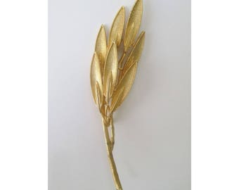 Leaf Pin / Brooch * Long Stem Branch * Gold Tone  Statement Pin
