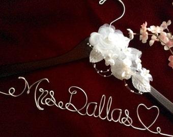Huge sale- Personalized wedding hanger, Bride hanger, wedding dress hanger, heart wedding hanger
