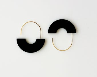 ARCH EARRINGS BW | black earrings, arch earrings, minimalist, gold, modern jewelry, statement earring, circle, hanging earring, white  |