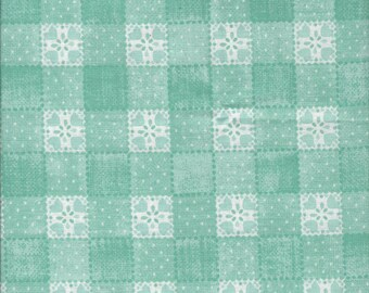 Sugar Berry Goody Basket Crystal Fabric By The Fat Quarter -- FREE SHIPPING