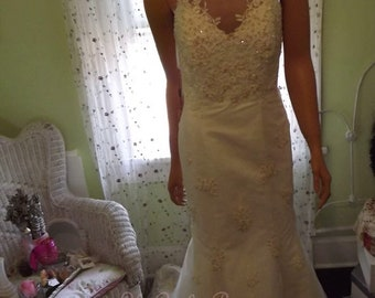 Vintage Wedding Gown NWT Mermaid Style Sweet Heart Neck FREE Shipping in USA Next Day