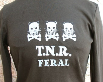 Feral Kitty Crossbones trio womens tshirt T.N.R.  long sleeves dark army green Large only womens feral kitty shirt