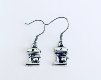 Mixer earrings, bakers, cooks, chefs, pastry makers, baker earrings, gifts for bakers, gifts for her, Mixmaster lovers, Christmas gifts