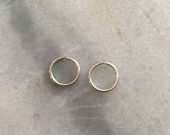 Platinum SINGLE Hoop Earring - 20 Gauge