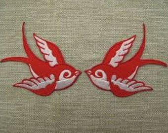 Pair of Swallows Patch iron on sew on Embroidery badge / patch - WHITE